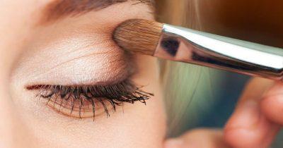 Maquillaje de ojos sencillo paso a paso