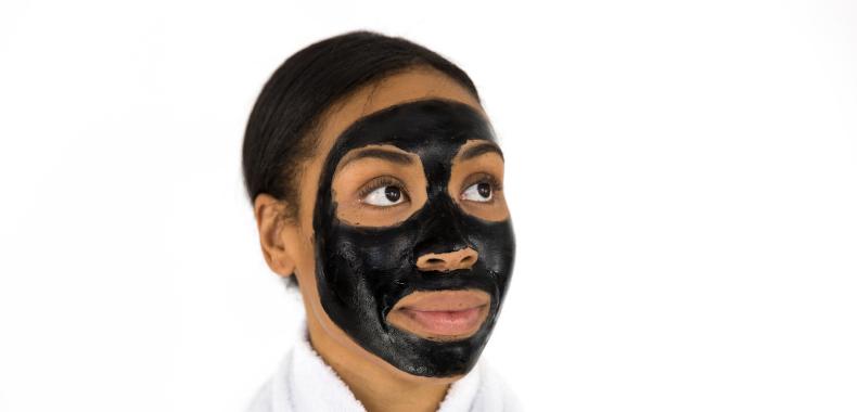 black mask puntos negros