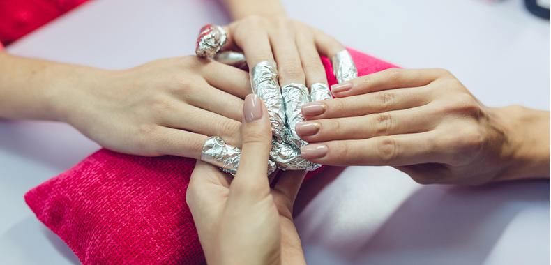 quitaesmalte de uñas