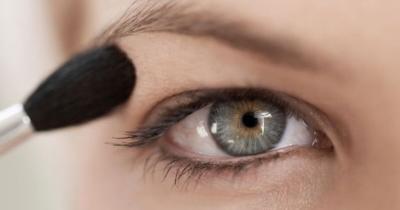 Maquillaje para parpados caidos: tutorial